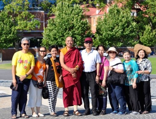 04 Nov 2017 Meet, greet and dharma talk at Matilda Bay, Perth, Australia